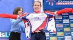 Die englische Sprinterin, Lucy Garner, bekam auf dem Podium bei der Women