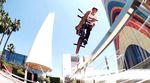 Traumtrip mit bitterem Ende: Hier findest du das Red Bull Three Day Pass Video aus Sevilla mit Kilian Roth, Anthony Perrin und Diogo Santos.