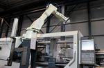 Seit 1979 arbeitet Tacx mit Robotern. Heute sind in der ganzen Fabrik 20 Exemplare von Kawasaki im Einsatz.