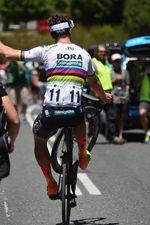 Der regierende Weltmeister stellt sein Geschick auf dem Rad wieder einmal zur Schau. (Foto; Sirotti)