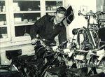 Das Unternehmen wurde im Jahre 1957 gegründet. Koos Tacx eröffnete damals ein Fahrradgeschäft in Wassenaar, einem Ort zwischen Amsterdam und Den Haag.