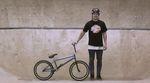 Tobias Freigang hat sich einen Tag lang in den 040 BMX Park eingesperrt, um dieses Video zu filmen. Die Clipausbeute kann sich durchaus sehen lassen.