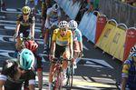 Kein guter Tag für Aru: Der Italiener verlor den Anschluss an die Gruppe mit Froome und seine Führung. (Foto: Sirotti)