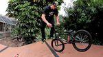 BMX-Trick-Tipp-Footjam-Whip