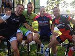 Cadel Evans unter Freunden - Jens Voigt, Ivan Basso und Chris Horner.