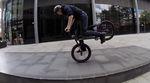 Selbst auf die Gefahr hin, uns zu wiederholen: Auch mit 12 Jahren hat Lewis Cunningham für sein Alter viel zu viel Radkontrolle. Mehr dazu in diesem Video.
