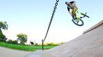 """Nach längerer Videopartabstinenz zeigt sich Aaron Ross in seinem Part auf der """"Grow Up""""-DVD von Sunday Bikes in Bestform."""