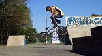 Mateus Beckmann verwischt in diesem Edit die Grenzen zwischen Flatland und Grindsport. Oder anders gesagt: So sieht BMX-Freestyle in Reinform aus. Gönn