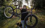 freedombmx deckt auf: Benjamin Petsch hat klammheimlich von Fitbikeco. zu S&M Bikes gewechselt. Mehr dazu in unserem Bikecheck.
