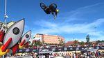 Einmal in die Stratosphäre und zurück: Hier ist der erste Finalrun von Larry Edgar beim Vans BMX Pro Cup im Ruben Alcantara Skatepark Málaga. BOOST!