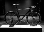 Bald ist auch das Canyon Ultimate CF Evo 10.0 SL erhältlich. Das Komplettbike bringt es auf beeindruckende 4,85 Kilogramm. (Foto: George Waugh)