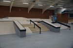 Treppenset mit Ledges und Handrail in der Skatehalle Oldenburg