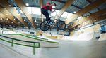 Die Homies vom kunstform BMX Shop haben der rundum erneuten Skatehalle Innsbruck einen Besuch abgestattet, um deren neue Grindobstacles durchzumassieren.