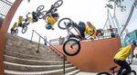 Übertrieben: Als erster BMX-Fahrer ever hat Kenneth Tencio einen Backflip an einem Treppenset gestanden. Hier geht