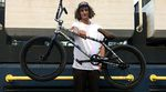 Beim Besuch der Shadow X Subrosa World Tour 2016 in Köln haben wir Simone Barraco zum Bikecheck gebeten und ihn nach seiner Meinung zu Plastikpegs gefragt.