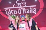 Gianluca Brambilla fuhr das Zeitfahren in rosa und behielt das Maglia Rosa fur einen weiteren Tag. Foto: Sirotti