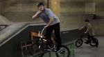 YESSIR! Bei Radio Bikes hat man eine Compilation mit Leon Hoppes besten Instagram-Clips zusammengestellt. Leon ist ein echter Tausendsassa, also gönn dir!