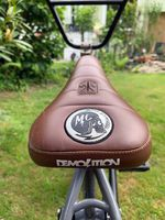 Matt Cordovas Signaturesattel von Demolition Parts