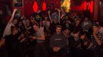 So muss das: Die Jägerklause in Berlin-Friedrichshain platzte bei der Premiere des neuen Videos von Ride with Friends und der Cama Crew aus allen Nähten.