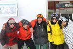 Die Crew von rechts nach links: Auri Anthamatten, Levi Luggen, Silvano Zeiter (Fotograf), Leandro Eigensatz, Michael Schmidhalter (Filmer)