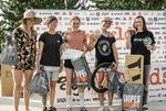 Die Gewinnerinnen der Flaltandklasse der Damen sind: Monika Hinz (1., Zweite von rechts), Irina Sadovnik (2., Erste von rechts) und Louise Seigneur (3., Dritte von rechts)