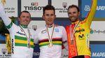 Simon Gerrans (links), Kwiatkowski (mitte) und Alejandro Valverde (rechts) auf dem Podium der UCI Weltmeisterschaft 2014. (Foto: Sirotti)