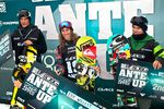 Das Podium beim 5Star TTR Billabong Ante Up in Whistler, Kanada.