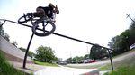 DURST! Jake Seeley präsentiert in diesem Video für Sunday Bikes einige bis dato noch unbekannte und technisch äußerst anspruchsvolle Grindkombinationen.