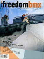 """Der 2. Streich: Fufanu in Wien während der """"Kralle 5""""-Tour (freedombmx Ausgabe 35, Oktober/November 2000)"""