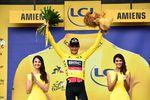 Greg Van Avermaet (BMC Racing Team) bleibt weiterhin in Führung und wird das gelbe Trikot auf der 9. Etappe über das Pave tragen. (Foto: © ASO)