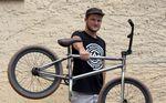 Johannes Winkelmann ist über AllRide BMX Distribution neu auf Primo. Für diesen Bikecheck haben wir uns das Rad von Mr. Fakie Icepickgrind genauer angeguckt