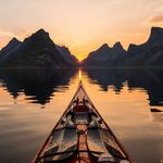 9_adventure-kayaker
