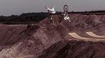 Dawid und Szymon Godziek haben mit Red Bull ein einzigartiges Projekt aus der Taufe gehoben: The Bike Brothers. Das komplette Video dropt am 17. November.