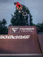 Fritz Krause ist Schlachthof-Local und weiß, wie man ein BMX bedient. 360 Toboggan