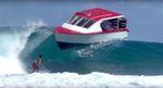 gabriel-medina-vs-boat