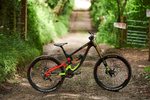 Saracen Myst Team european downhill mountain bikes