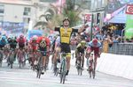 Enrico Battaglin (LottoNL-Jumbo) gewinnt die 5. Etappe des Giro d