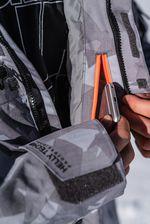 ...und die Life Pocket sind nur zwei der zahlreichen Features der Helly Hansen Garibaldi Jacket.