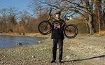Sven Avemaria wird ab sofort über Frenchys Distribution mit Produkten von GT Bicycles versorgt. Wir haben uns seinen neuen Hobel einmal genauer angeguckt.