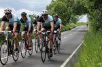 Du magst Mitglied in einem Strava-Club sein, dabei solltest du aber nicht vergessen, dass es auch noch reale Radsport-Vereine gibt. Verliere nicht den persönlichen Kontakt zur Außenwelt.