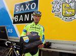 Der 40-jährige Tosatto von Tinkoff-Saxo hat genug Erfahrung, um zu wissen, wie man seine Fahrer-Tasche richtig packt. Tosatto erzählte uns, dass er sogar manchmal Ausrüstung für Teamkollegen mitpackt, weil manche Kollegen gelegentlich etwas vergessen.
