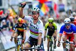 Peter Sagan (Bora-Hansgrohe) gewinnt den Sprint in Gent-Wevelgem (Foto: Sirotti)