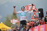Während Froome und sein Team auf die Entscheidung des Olympischen Kommitees in Frankreich warten, entlastet ihn die UCI von den Dopingvorwürfen. Foto: Sirotti