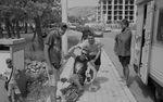 Wir haben im Nachhinein vermutet, dass der Junge vorne, seinen Bruder (links im Bild) uns zur Prostitution angeboten hat