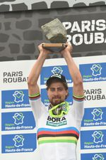 Peter Sagan (Bora-Hansgrohe) siegt beim Monument Paris-Roubaix. Für den Weltmeister ist das sein zweiter Sieg bei einem Monument der Frühjahrsklassiker. (Foto: Sirotti)