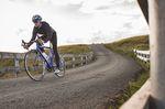 Der Herbst ist der ideale Zeitpunkt, seinen Fokus auf eine Alternative und Erganzung zum Radfahren im Winter zu richten: Deine Fitness der Saison ist noch erhalten, was den Einstieg erleichtert. (Foto: Scott Connor / Factory Media)