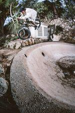 Das Fisheye lügt und die Quarter war um ein vielfaches kleiner als sie aussieht: Steezy Nosepick von Miguel Smajli