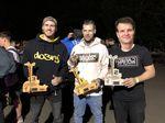 Dominik Nekolny (Mitte) holte beim Highway to Hill 2018 in Pro Flatland vor David Hoffmann (2., gephotoshoppt rechts) und Michael Kupec (3.) den ersten Platz