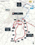 Die Zielrunde der zwölften Etappe: Beim Einstiegspunkt geht es nach rechts Richtung Rennstrecke, an deren Ziellinie die 15,3 Kilometer lange Schlussrunde beginnt und anschließend auch endet.
