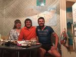 Dieses nette Ehepaar sah Jonas im Fernsehen, als er in Ufa den Weltrekord für die schnellste Durchquerung Europas auf dem Fahrrad brach und bot ihm eine Übernachtungsmöglichkeit an.